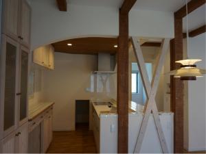 塗り壁 チェッカーガラス 食器棚 モザイクタイル 名古屋モザイク