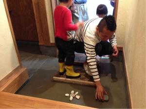 静岡 コンクリート 土間 石 DIY 化粧 オリジナル ヤマヨシホーム 吹抜け 設計 オクシズ 杉 桧 塗り壁 無垢 リフォーム